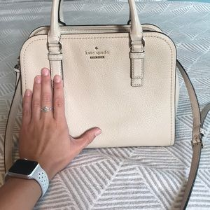 kate spade Bags - Kate Spade cream purse with gold details